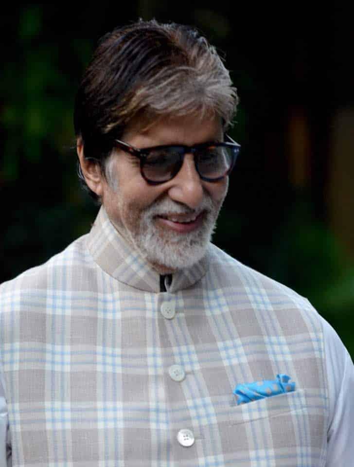 Amitabh Bachchan - Sunday Darshans